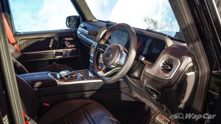 2020 Mercededs-Benz G-Class 350 d Interior 001
