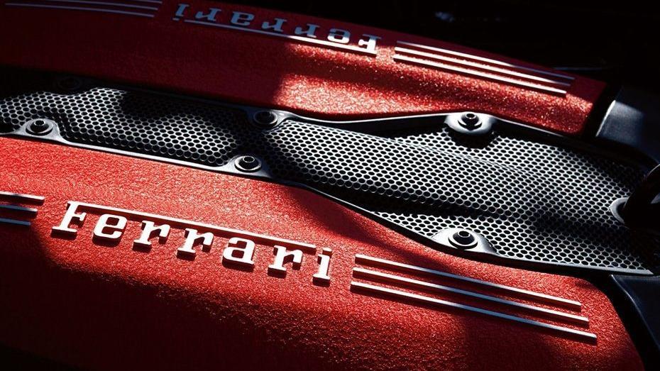 Ferrari 488 (2015) Interior 017