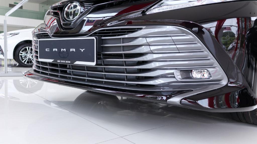 2019 Toyota Camry 2.5V Exterior 006
