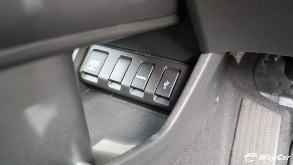 2019 Honda HR-V 1.8 RS Interior 057