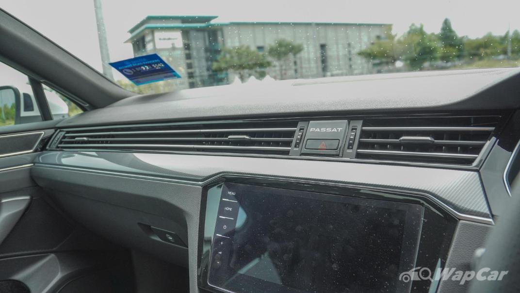 2020 Volkswagen Passat 2.0TSI R-Line Interior 008