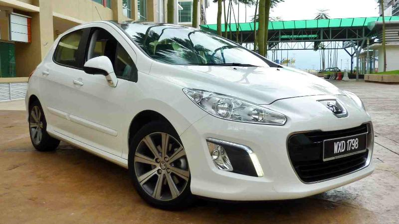 Used Peugeot 308 (T7) for RM 20,000; Save cost on the car for the repairs? 02