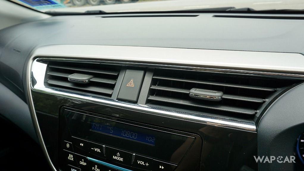 2018 Perodua Myvi 1.3 X AT Interior 027