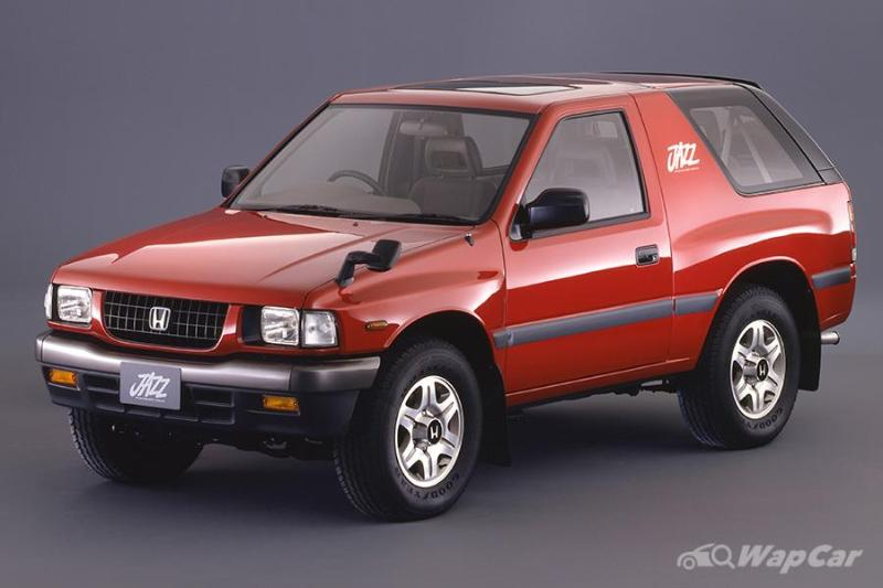 Honda challenged the Hilux while Isuzu fought the Corolla, both lost badly in Thailand 02