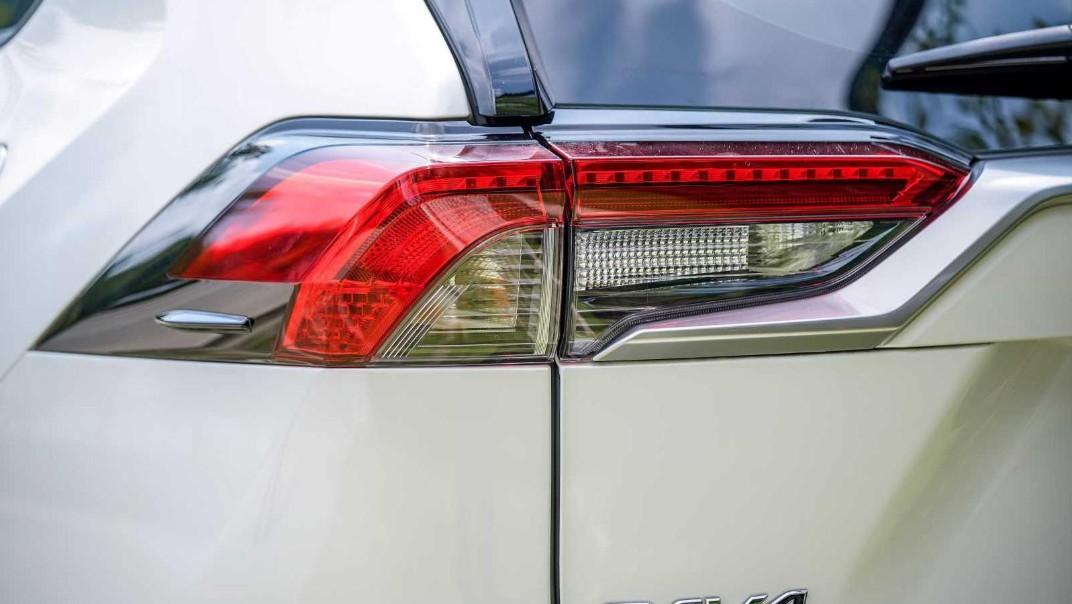 2020 Toyota RAV4 2.5L Exterior 047