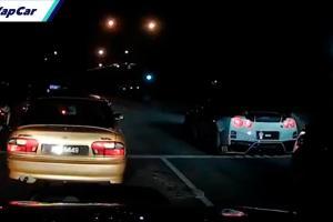 Nissan GT-R cuba tayang 'power' depan Proton Wira, sekali terbabas sudah