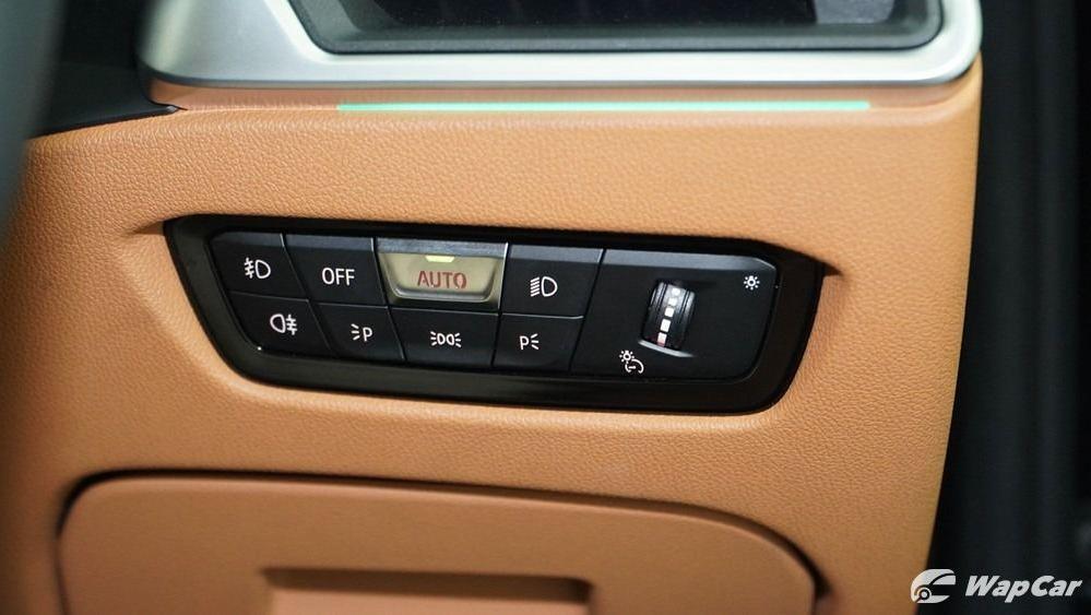 2019 BMW 3 Series 330i M Sport Interior 026
