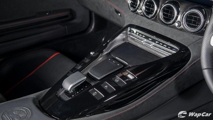 2019 Mercedes-Benz AMG GT C Interior 005