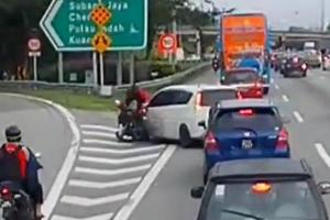 Perodua Alza missed exit, cuts through line at an unfruitful attempt