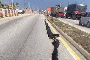 Jalan Klang-Banting closed for repair works for a week following road cave-in