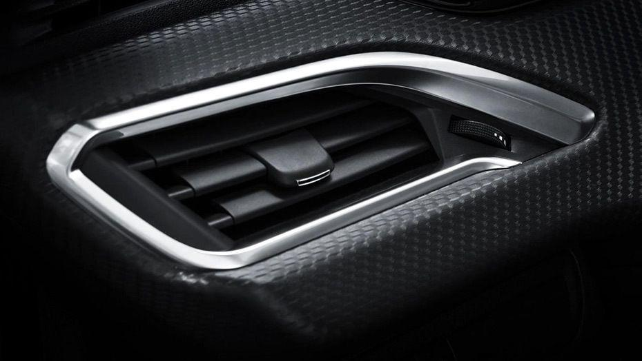 Peugeot 2008 (2018) Interior 002