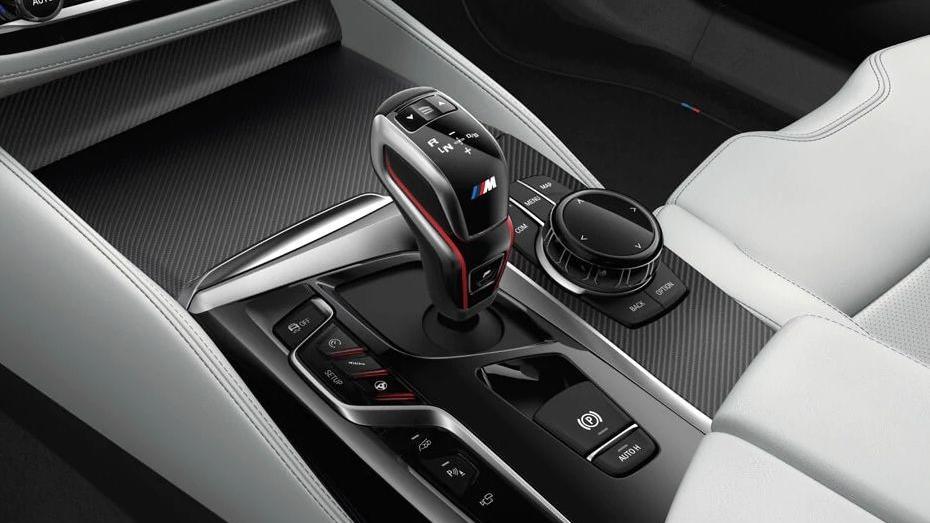 BMW M5 (2019) Interior 008