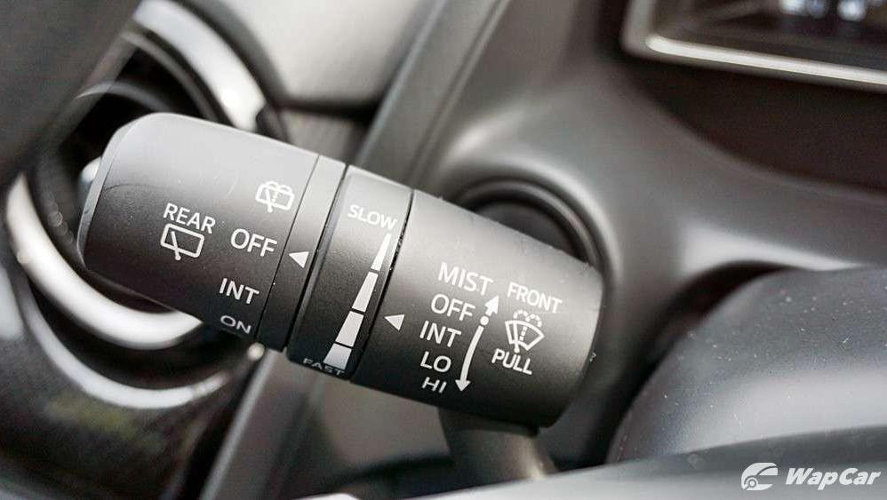 2018 Mazda 2 Hatchback 1.5 Hatchback GVC Mid-spec Interior 010