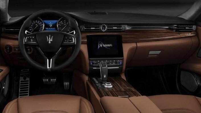 Maserati Quattroporte (2019) Interior 001