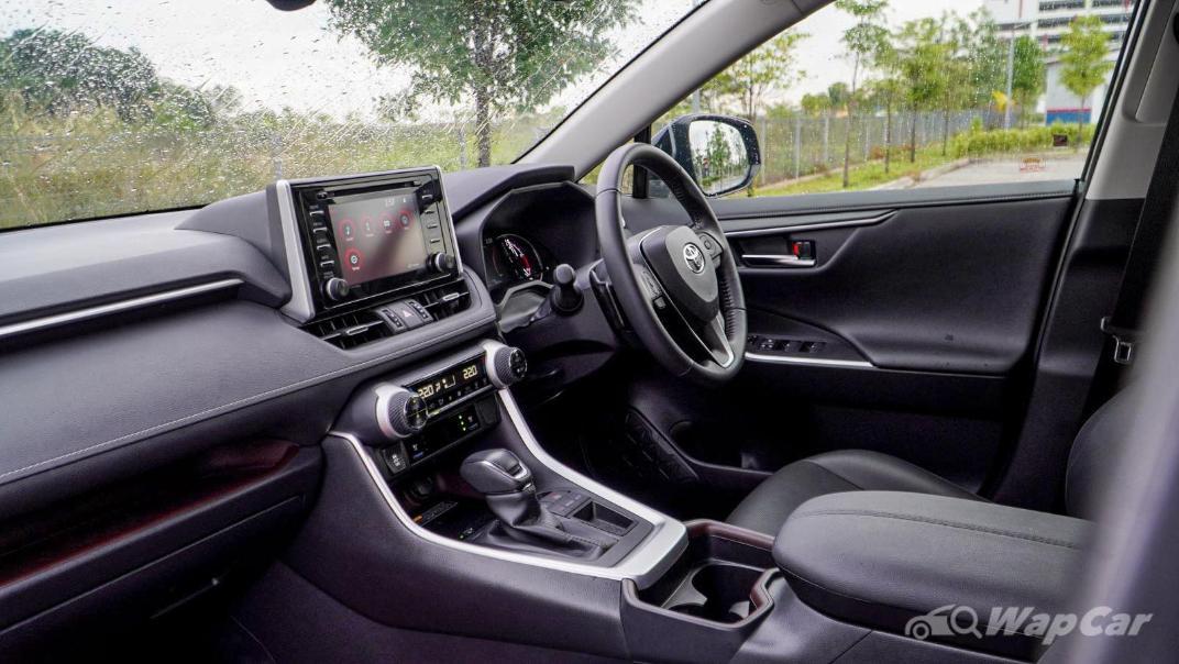 2020 Toyota RAV4 2.5L Interior 155