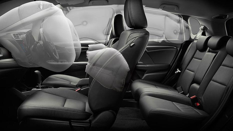 Honda Jazz (2018) Interior 012