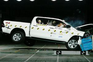 2020 Toyota Hilux scores 5-star ASEAN NCAP rating