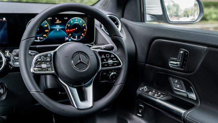 2021 Mercedes-Benz GLA 200 Interior 003