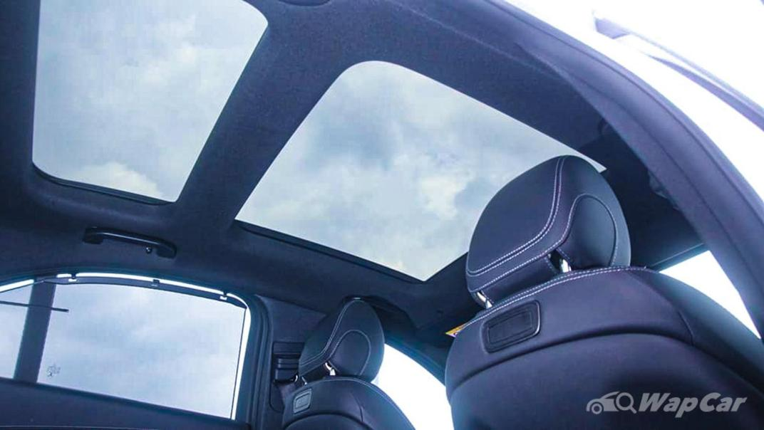 2018 Mercedes-Benz C-Class C 300 AMG Line Interior 053