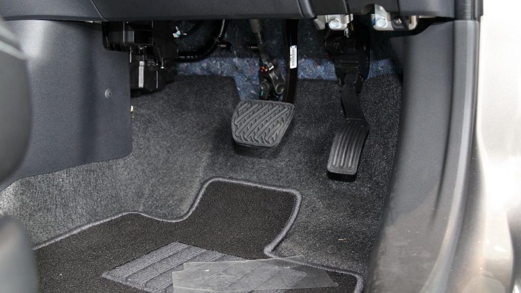 2018 Nissan Almera 1.5L VL AT Interior 026