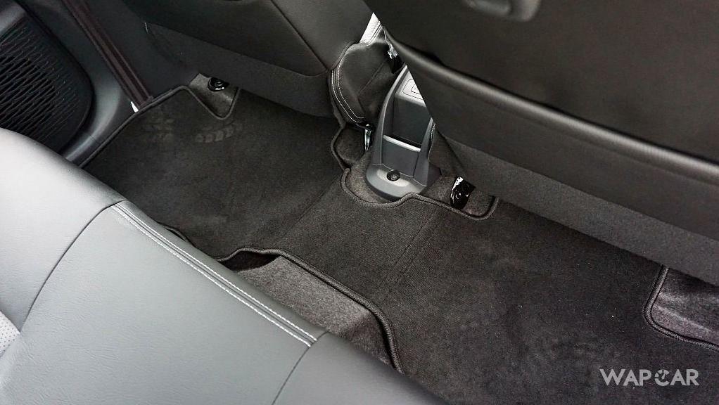 Perodua Bezza (2018) Interior 035