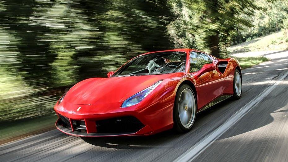 Ferrari 488 (2015) Exterior 001