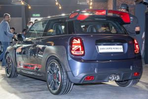 2020 MINI JCW GP launched in Malaysia, 10 units only - 306 PS & 450 Nm, RM 377,470!