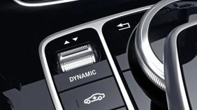Mercedes-Benz GLA (2018) Exterior 009