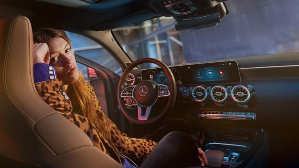 Mercedes-Benz A-Class (2019) Interior 001