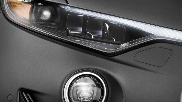 Maserati Levante (2019) Exterior 007