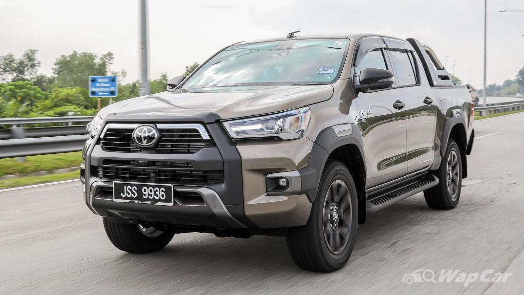 2020 Toyota Hilux Double Cab 2.8 Rogue AT 4X4 Exterior 059