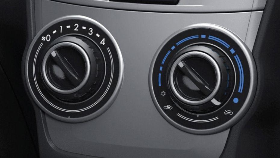 Toyota Avanza (2019) Interior 004