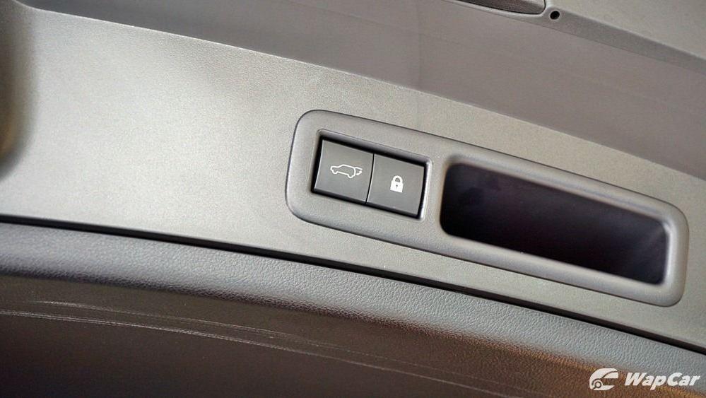 2020 Lexus UX 200 Urban Interior 058