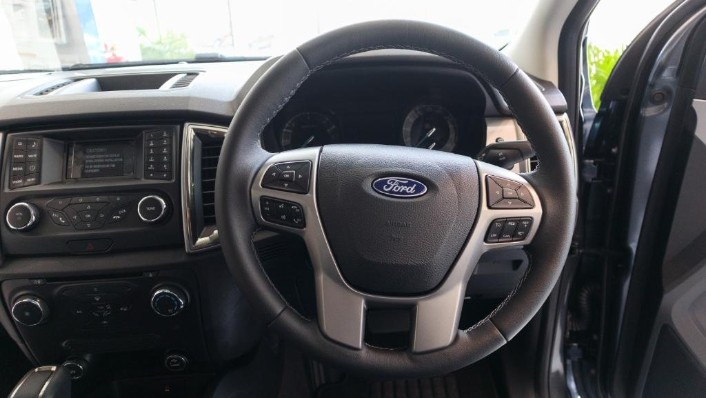 2018 Ford Ranger 2.0 Si-Turbo XLT+ (A) Interior 004