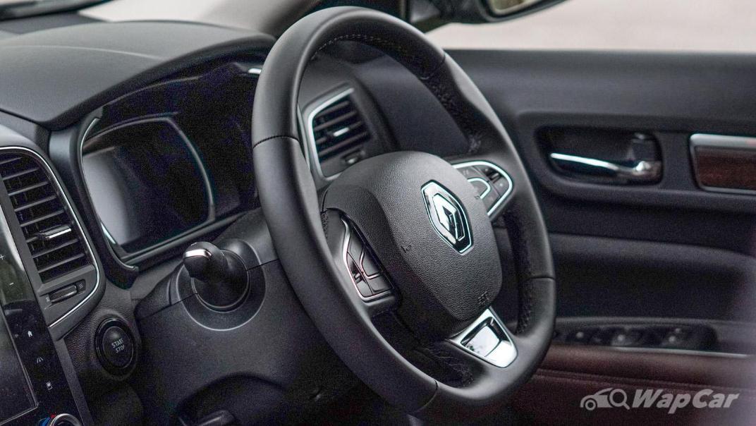 2020 Renault Koleos Signature Interior 003