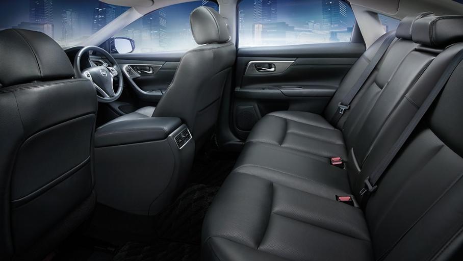 Nissan Teana (2018) Interior 011