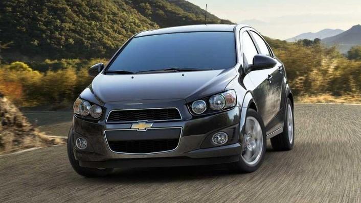Chevrolet Sonic Sedan (2016) Exterior 001