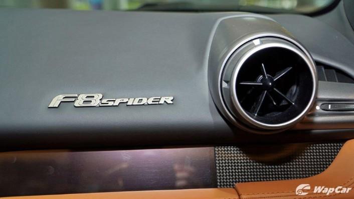 2020 Ferrari F8 Spider  Interior 007