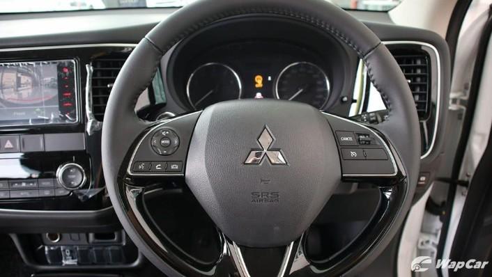 2018 Mitsubishi Outlander 2.0 CVT (CKD) Interior 006