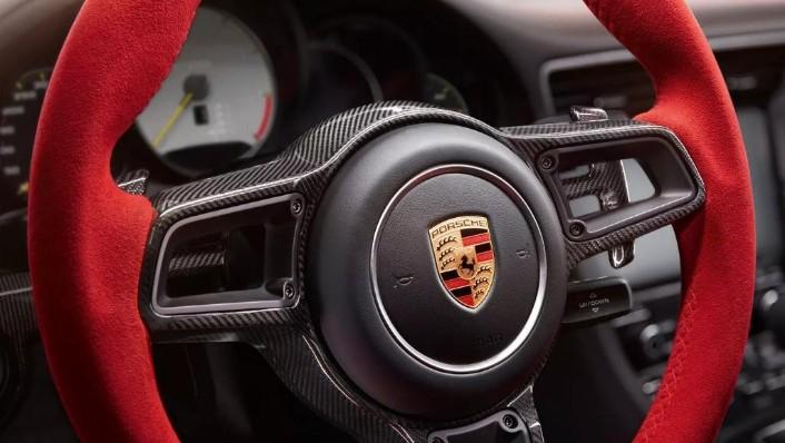 2019 Porsche 911 GT2 RS Interior 004