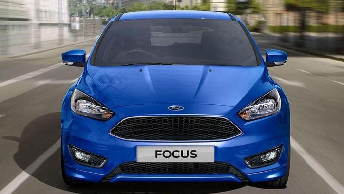 Ford Focus Sedan (2017) Exterior 001
