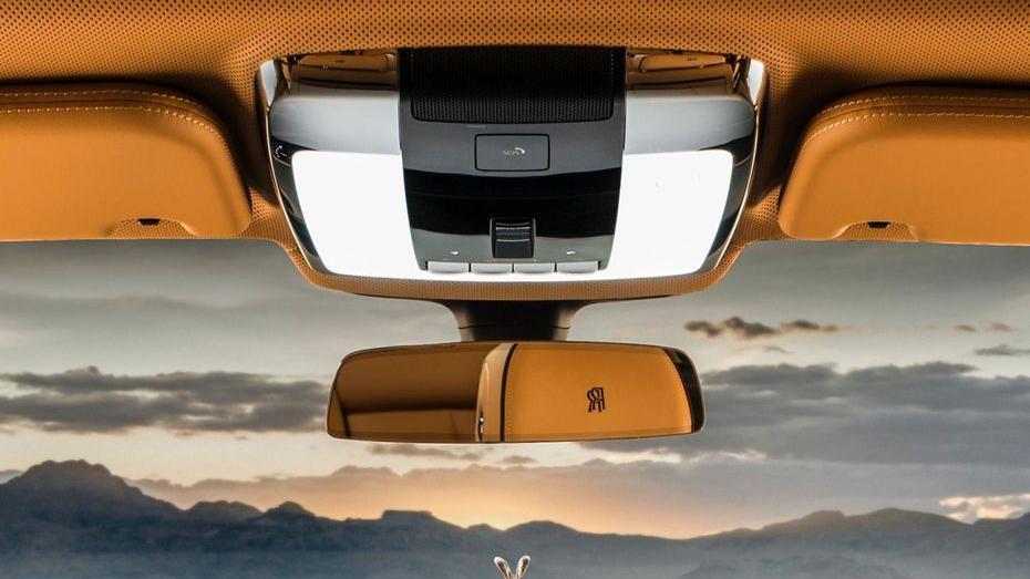 2018 Rolls-Royce Cullinan Cullinan Interior 016