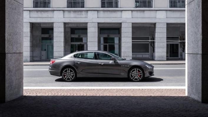 Maserati Quattroporte (2019) Exterior 009