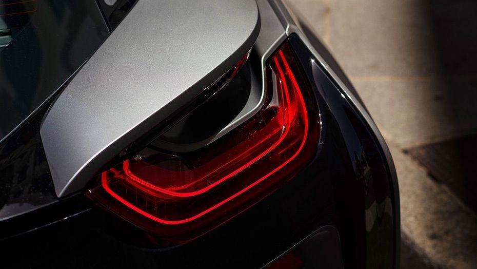 BMW i8 Coupe (2019) Exterior 006