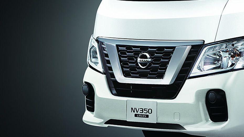Nissan NV350 Urvan (2018) Exterior 002