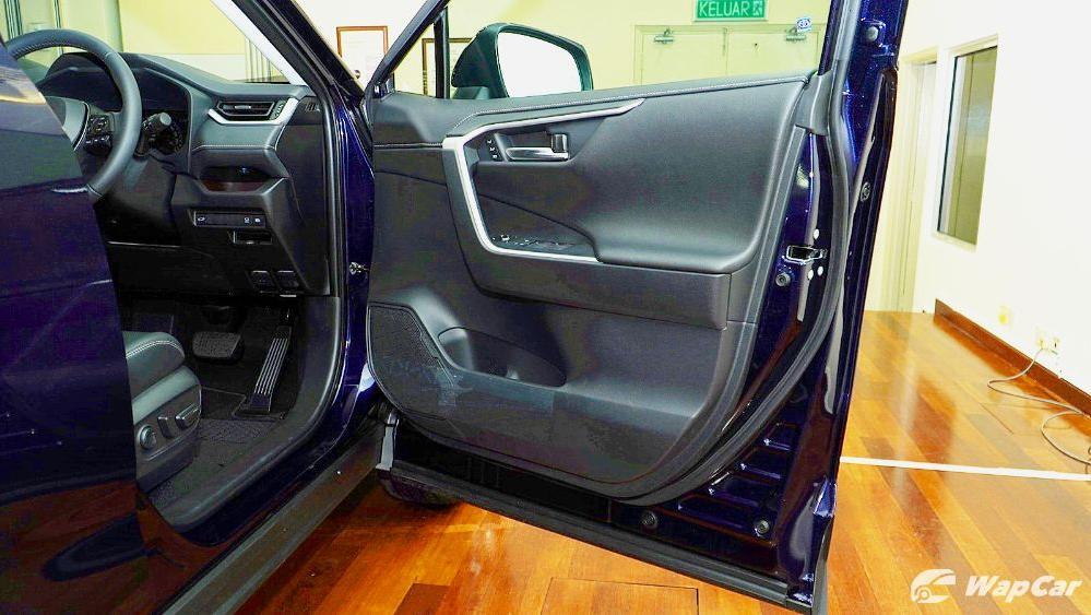 2020 Toyota RAV4 2.5L Interior 084