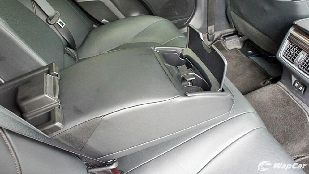 2019 Toyota Camry 2.5V Interior 115