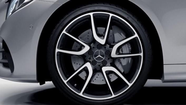 Mercedes-Benz AMG E-Class Coupe (2019) Exterior 005