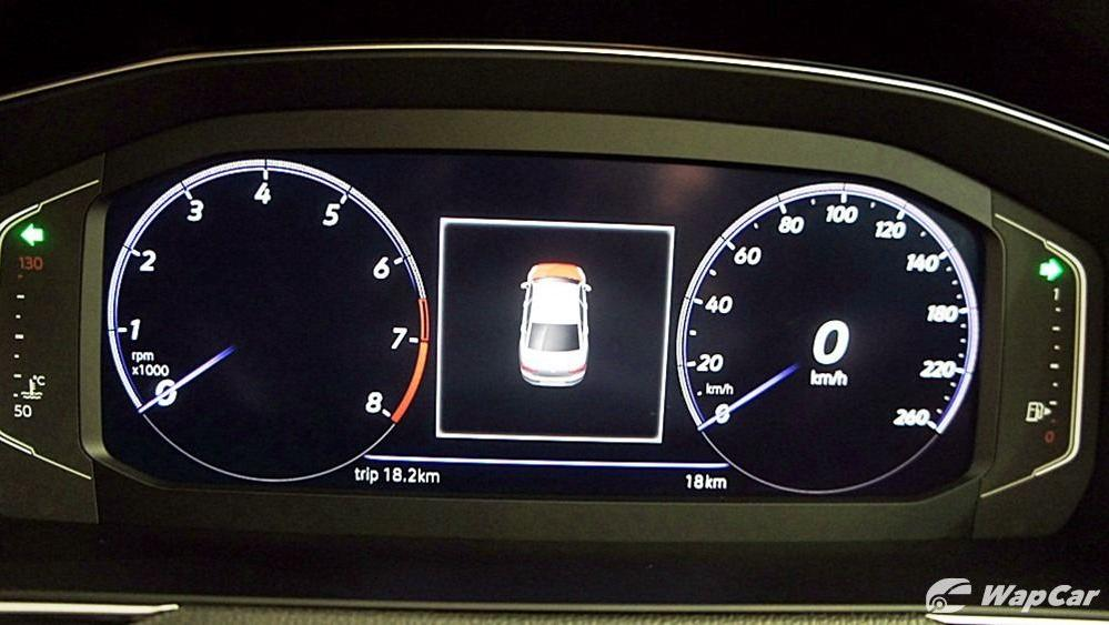 2020 Volkswagen Passat 2.0TSI Elegance Interior 092