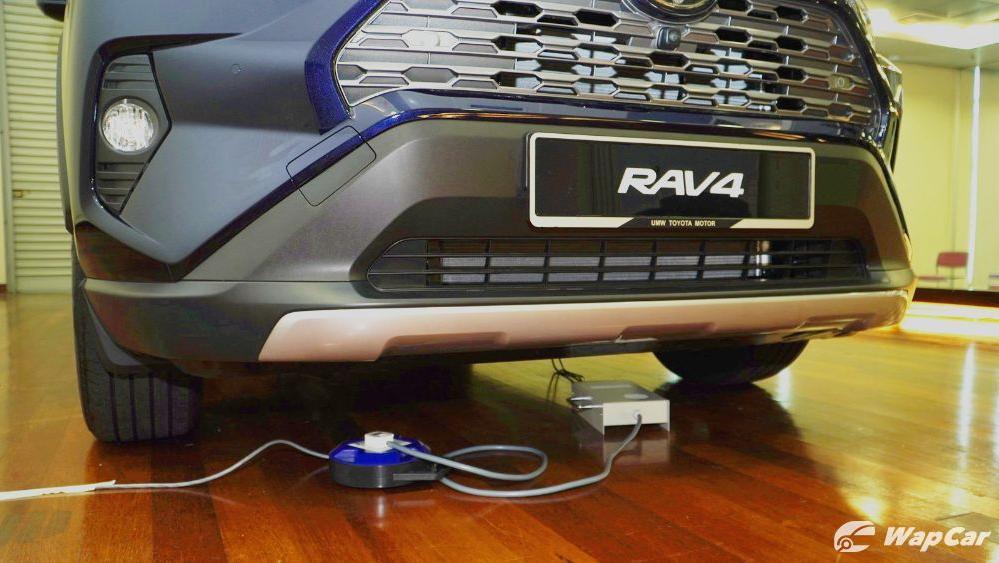 2020 Toyota RAV4 2.5L Exterior 097